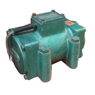 Motor vibrador eléctrico externo Vibrafer VE 100  - Trífasico