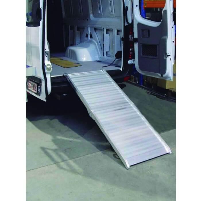 Rampa de carga en aluminio MetalWorks VAP2000 (2000x800mm - 400kg) - Referencia 754752000