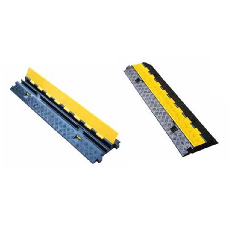 Reductor velocidad protección cables de 90x25x4,5cm