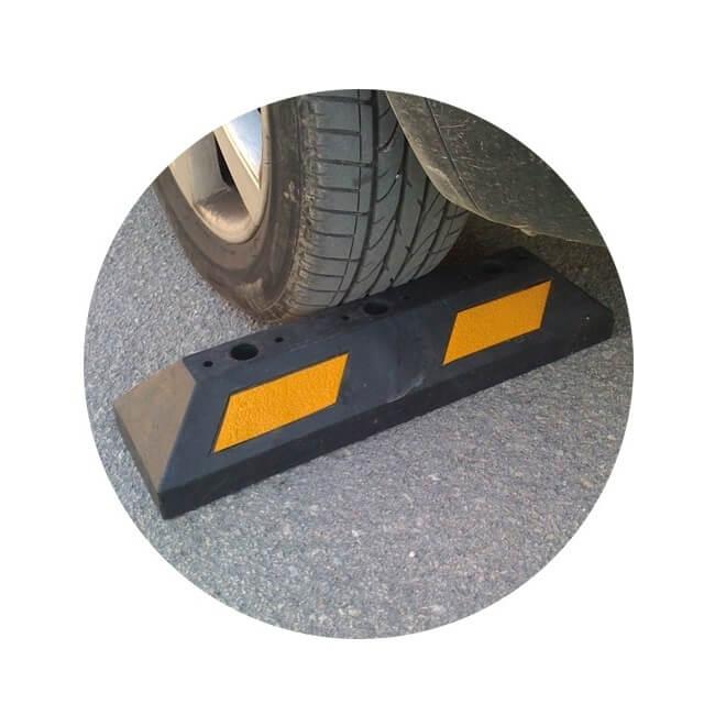 Tope para parking de 55x15x10 cm